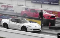Boss 302 vs Corvette ZR1 – 1/4 Mile Drag Race
