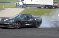 C6 Corvette Drifts Around These Car Babes