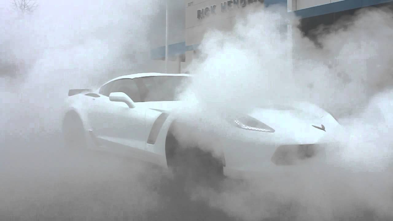 Vengeance Racing 2015 C7 Corvette Z06 Obligatory Dealership Delivery Burn Out!